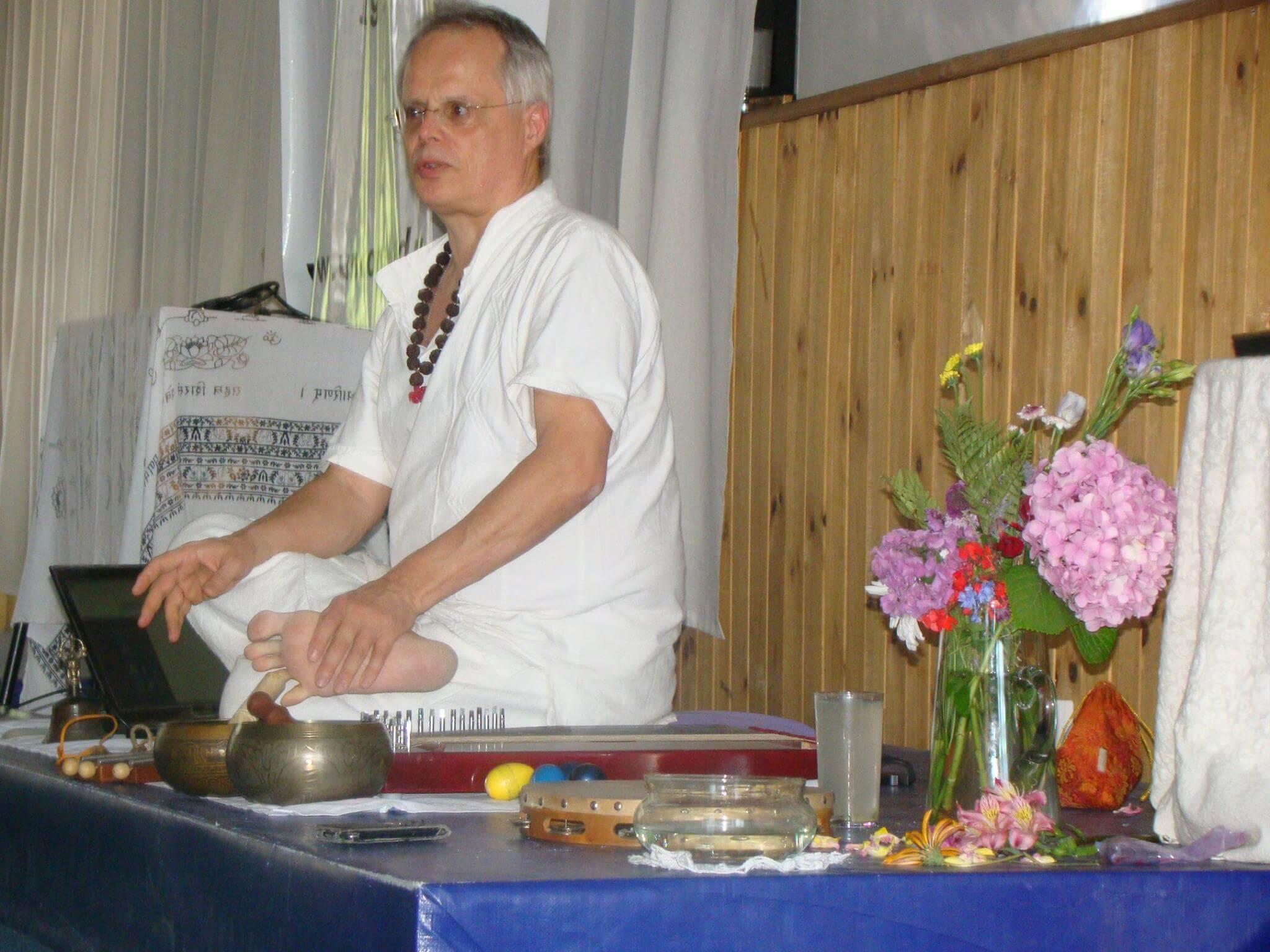 Pautas de Kriya Yoga Y El Linaje de Maestros Kriya